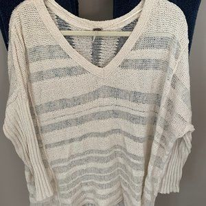 Free People cream sweater size small